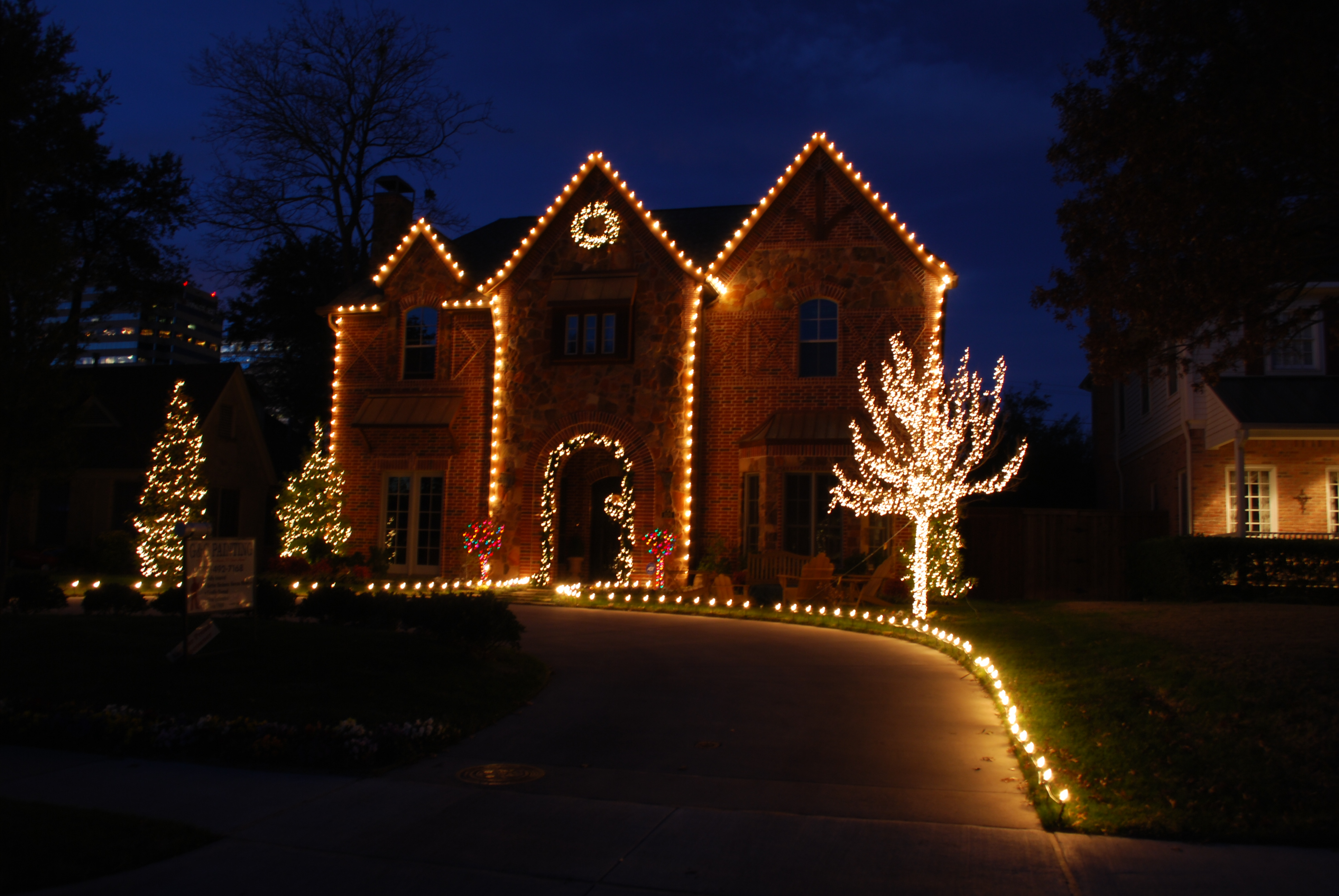 how to budget for your christmas lights the outdoor lighting expert